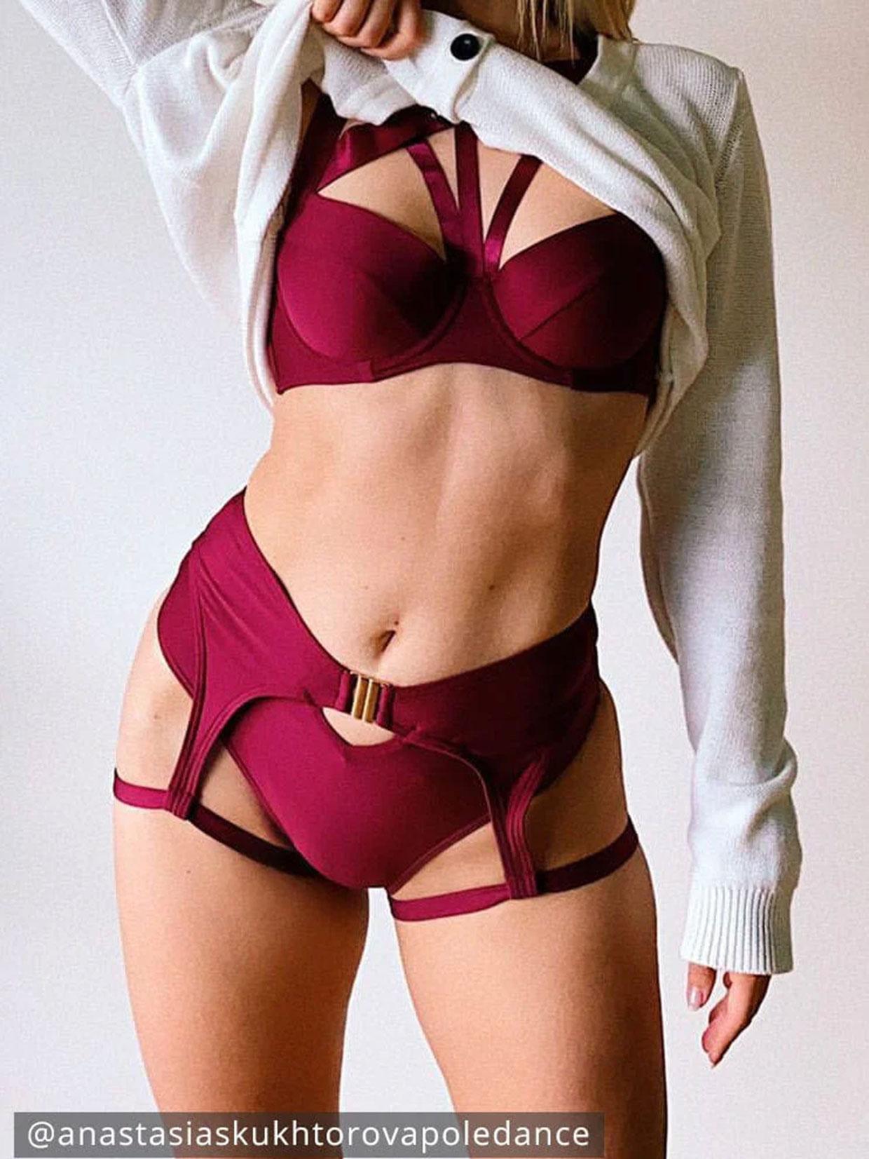 Lunalae Scarlett Top Recycled - Burgundy
