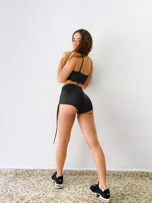 Posto9 - Noa Shorts - Black Drawstring